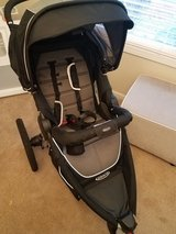 Graco Relay Click Connect Jogger Stroller in Morris, Illinois