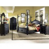 BRITANNIA ROSE BED SET in Vacaville, California