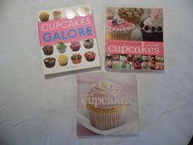 3 Cupcake Cookbooks in Fort Campbell, Kentucky
