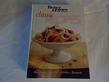 Better Homes and Gardens Classic Recipes Cookbook in Fort Campbell, Kentucky