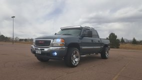 2006 GMC Sierra z71 crew cab in Colorado Springs, Colorado