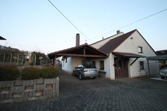 Binsfeld- 5 Mins From Base! 3Bd/1.5 Ba Triplex House + Dbl Carport + Garage in Spangdahlem, Germany