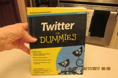 """Twitter For Dummies"" Instruction Book - Gently Used in Kingwood, Texas"