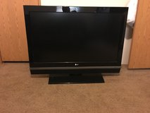 42 inch LG TV in Fort Rucker, Alabama