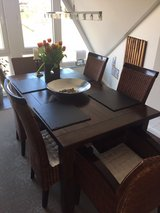 Beautiful dining room set w 6 matching chairs in Kaneohe Bay, Hawaii