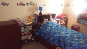 Kids Twin Bedroom Set in Fort Carson, Colorado