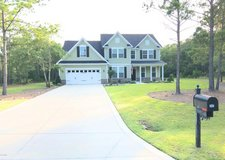 ~*Gorgeous 4 Bed/3.5 Bath in Gated Community w/ Pool!*~ in Camp Lejeune, North Carolina