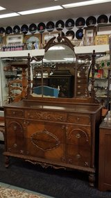 VICTORIAN DRESSER w MIRROR in Camp Lejeune, North Carolina