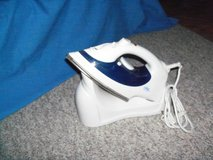 220 volt Steam Iron with holding stand in Spangdahlem, Germany