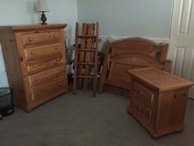 Children's bedroom set with twin bunkbeds in Bartlett, Illinois