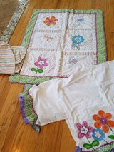 Baby/toddler bed spread, dust ruffle, fitted sheet in Bartlett, Illinois