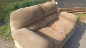 Used couch and loveseat in Warner Robins, Georgia