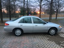 1998 FORD ESCORT SE 4D Sedan 4-Cyl in Fort Campbell, Kentucky