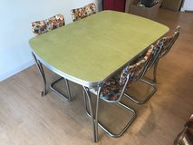 *REDUCED* 1950-60s Formica Dinning Set in Okinawa, Japan