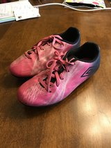 Girls Size 1.5 Umbro Soccer Cleats in St. Charles, Illinois