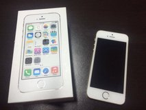 iPhone 5S Gold (MINT condition) in Okinawa, Japan