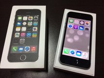 iPhone 5S Black/Grey (MINT condition) in Okinawa, Japan