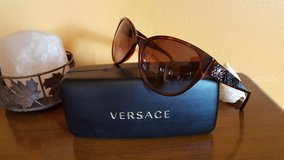 Versace sunglases in Fort Bliss, Texas