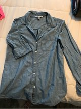 old navy medium blouse in Lake Elsinore, California