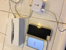 IPhone 5 16GB Verizon White, Apple Retail Box,Charger, Case,Good Cond. in Lake Elsinore, California