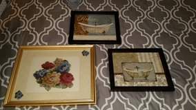 Decorative pictures in Fort Campbell, Kentucky