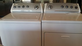 Whirlpool extra large capacity washer and dryer electric in Kingwood, Texas