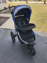 Jeep jogging stroller in Lockport, Illinois