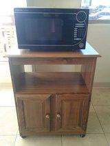 Mueble para micro. De madera in Fort Bliss, Texas