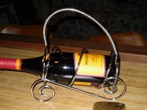 wine bottle holder in Chicago, Illinois