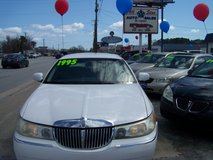 LINCOLN TOWN CAR EXECUTIVE SERIES LOADED~REDUCED~ in Camp Lejeune, North Carolina