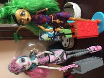 Monster high dolls with stands in Warner Robins, Georgia