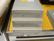 PIONEER INTERNAL 109 16X DVD-R/3 IDE recordable drive in Sacramento, California
