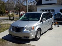 2010 Chrysler Town & Country Touring Edition in Camp Lejeune, North Carolina