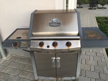 Char-Broil Propane Gas Grill in Ramstein, Germany