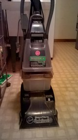Hoover carpet cleaner in Chicago, Illinois
