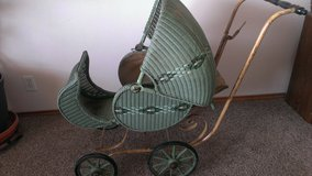 Antique Wicker Baby Carriage in Alamogordo, New Mexico