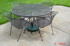Wrought Iron Patio set in Naperville, Illinois