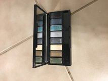 MAC eyeshadow 20 colors in Camp Pendleton, California