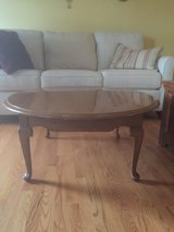 Ethan Allen coffee and end table in Chicago, Illinois