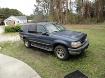 2000 FORD EXPLORER 4X4 in Camp Lejeune, North Carolina