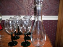 6 GREEN STEMMED WINE GLASSES WITH CANNISTER in Perry, Georgia