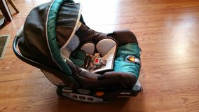Infant carseat in bookoo, US