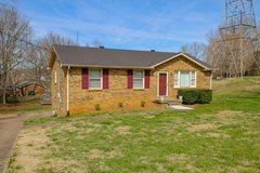 2192 Blakemore Dr. in Fort Campbell, Kentucky