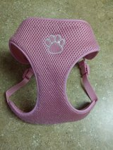 Top Paw Dog Harness Pink - Small in Joliet, Illinois