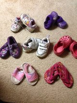 Little girl shoes sizes 5-6 in Shorewood, Illinois