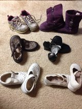 Little girls shoes size 8-9 in Shorewood, Illinois
