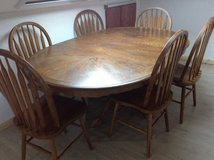 American made Dining room set, 6 chairs in Ramstein, Germany