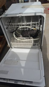 2 dishwasher in Fort Campbell, Kentucky