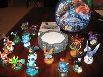 Skylanders for Wii - Portal, 16 Figures and Carrying Case in Bartlett, Illinois