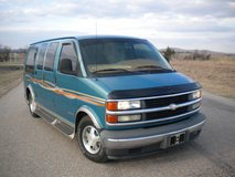Beautiful Non Smoker teal blue 1999 Chevrolet Express 150... in Lawton, Oklahoma